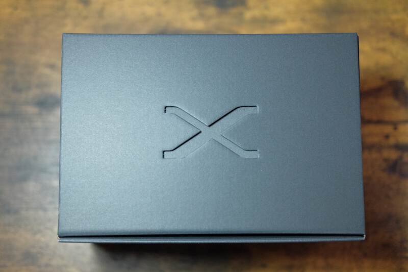「FUJIFILM X-T2」外箱