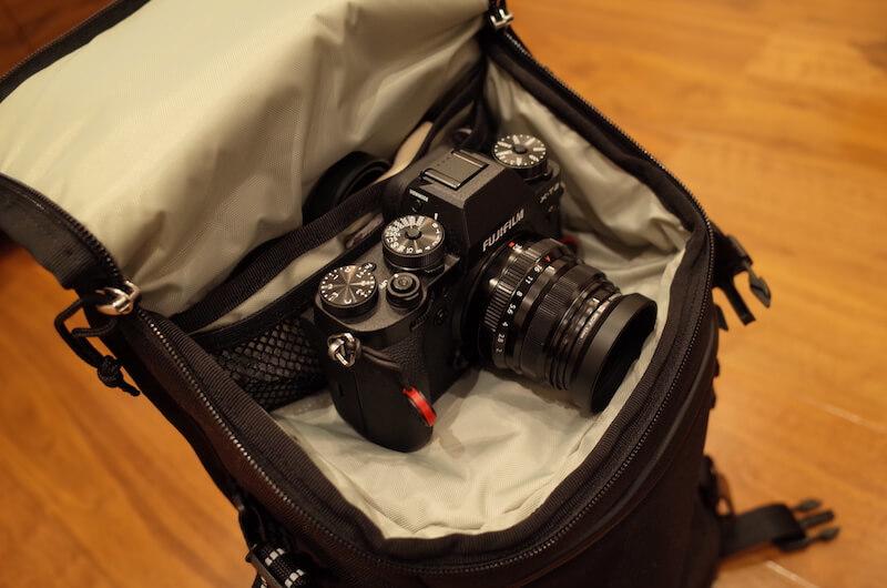 カメラも収納可能