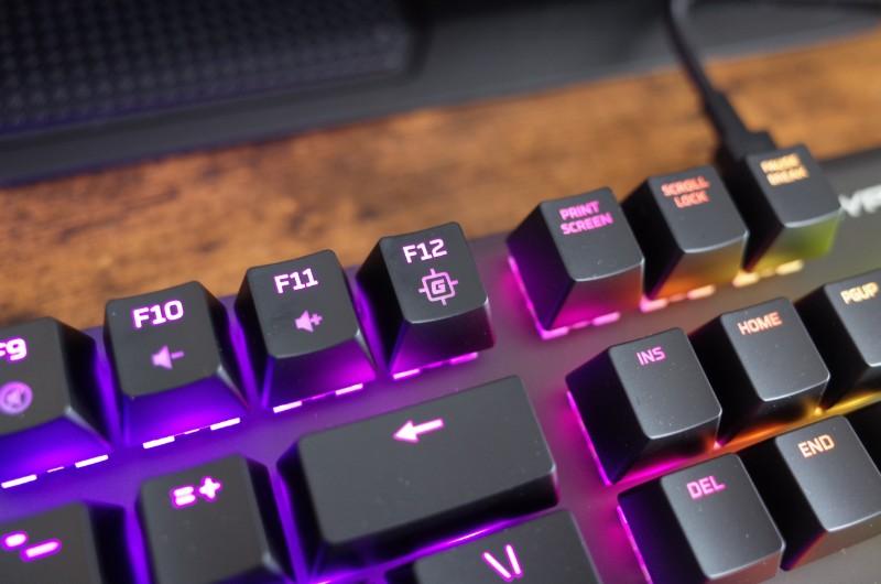 「Fn」+「F12」でゲームモードに