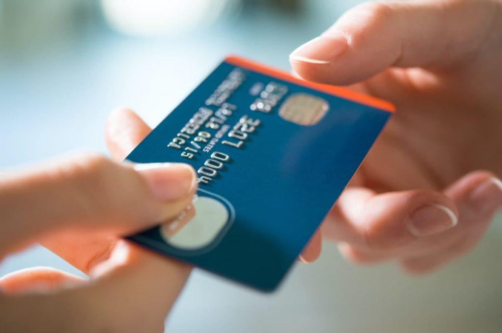 機能 ① クレジットカード