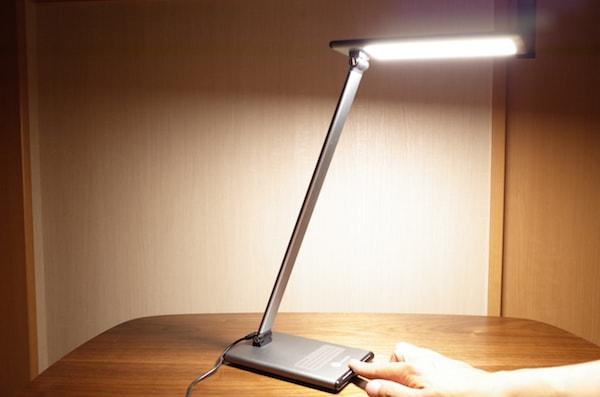 ライトがつきます