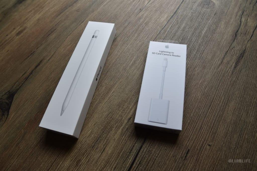 アップルペンシルとSDカードリーダー