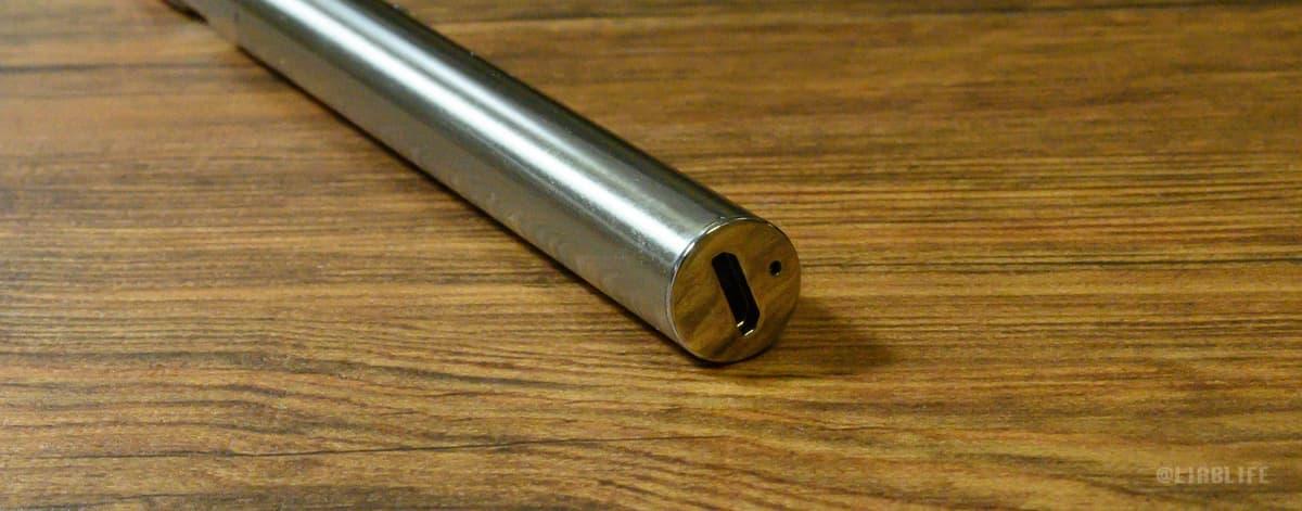 充電ポートはUSB−Cを採用