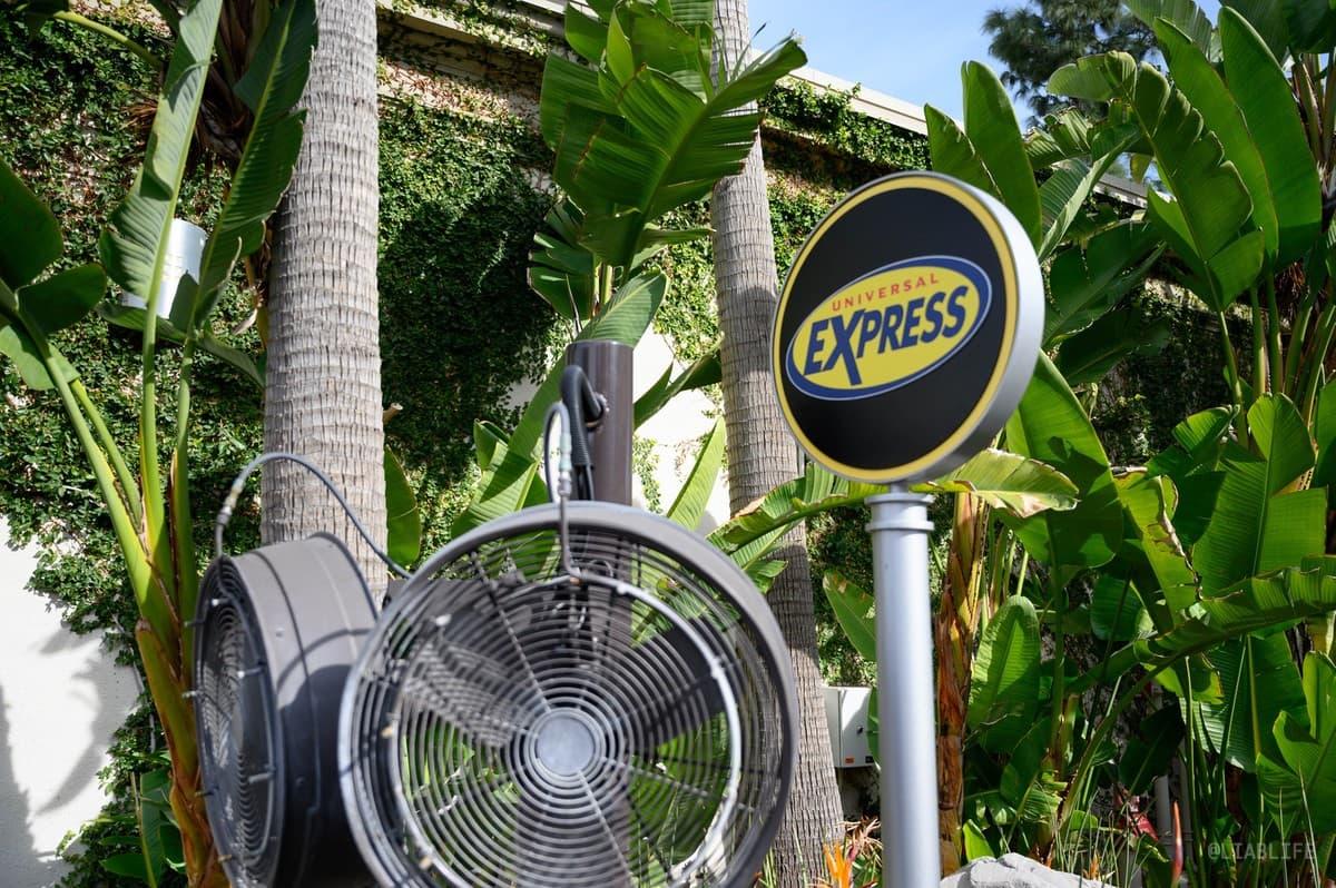 ストレスなく回りたい方は「Universal Express」の購入も忘れずに!