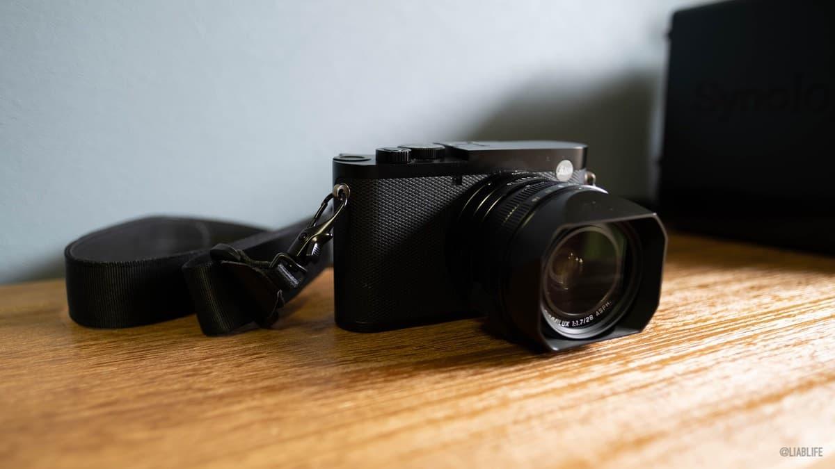早速「Leica Q2」に取り付けてみた