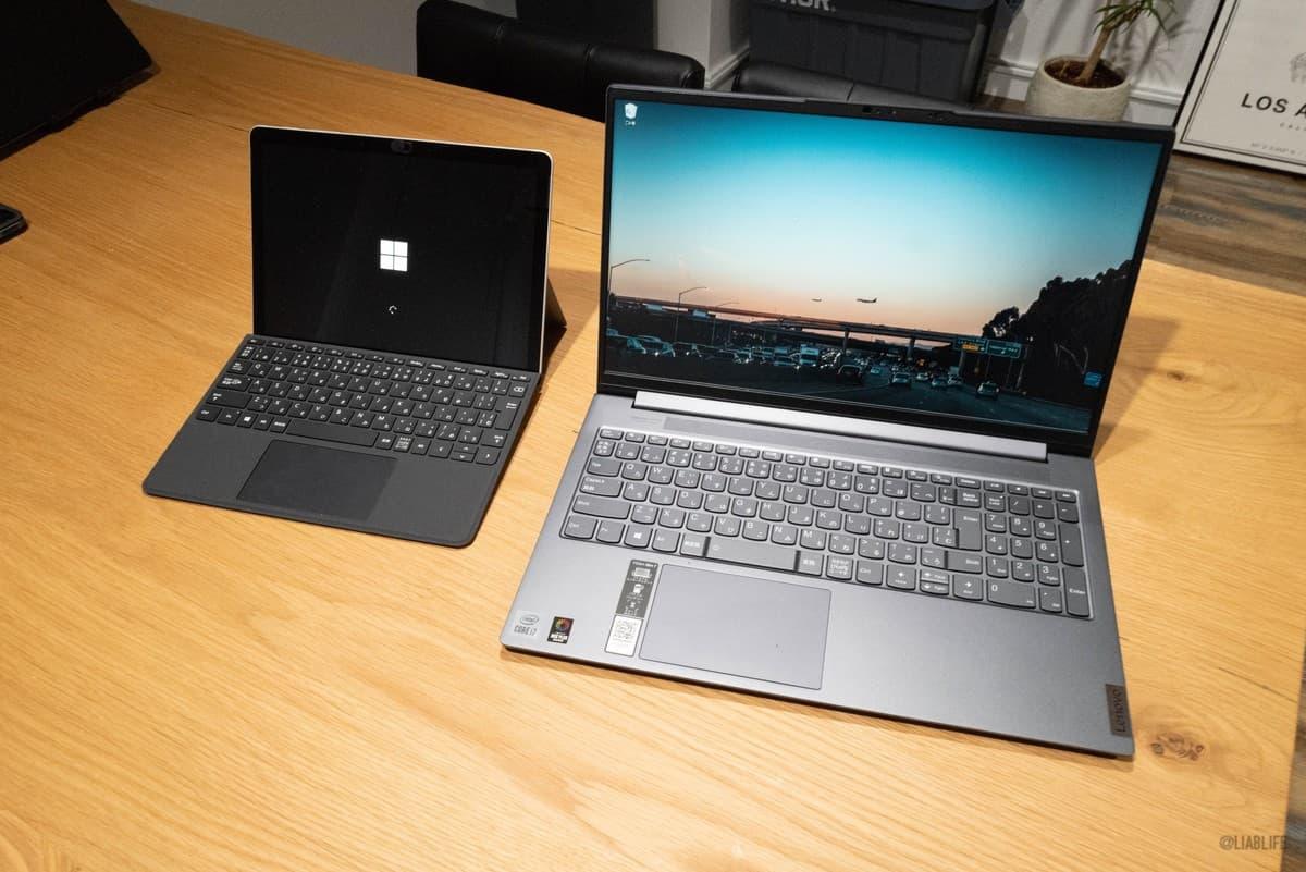 Surface Go 2と比べるとこんな感じ